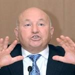 правозащитники требуют отставки Лужкова